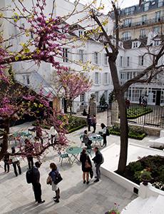 Europe/Paris-Based Residencies